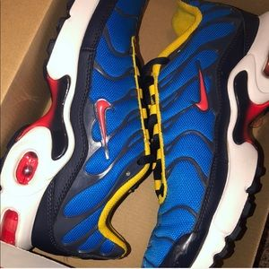 Nike Air Max Plus GS Size 5.5
